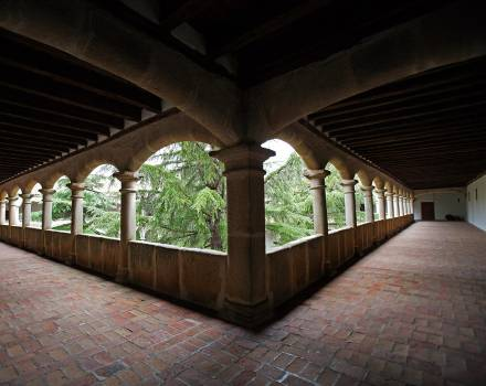 Monasterio de Nuestra Señora de Gracia. Madrigal de las Altas Torres