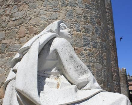 Escultura de Santa Teresa de Jesús