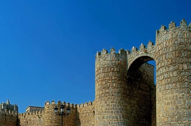Ávila. Muralla. Puerta del Alcazar