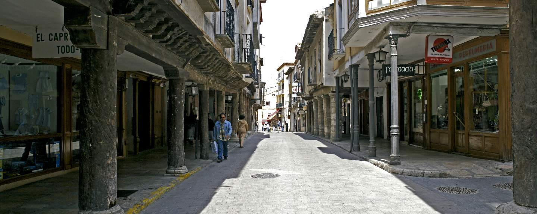 Medina de Rioseco. Calle Mayor