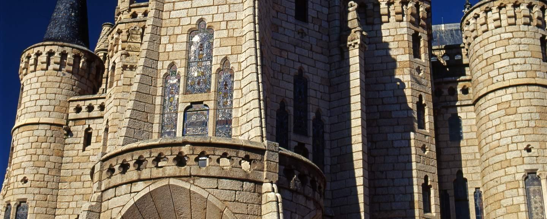 Palacio Episcopal Astorga / Palacio de Gaudí