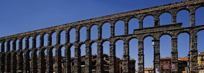 Acueducto de segovia portal de turismo de la junta de for Segovia oficina de turismo