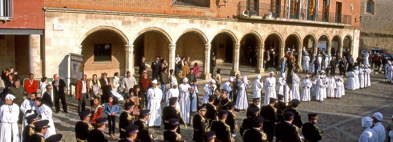 Semana santa de medina de rioseco portal de turismo de for Pisos en medina de rioseco