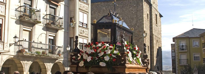 Semana santa de ponferrada portal de turismo de la junta for Oficina de turismo ponferrada