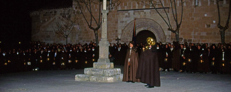 Semana Santa de Zamora. Procesion de las Capas Pardas