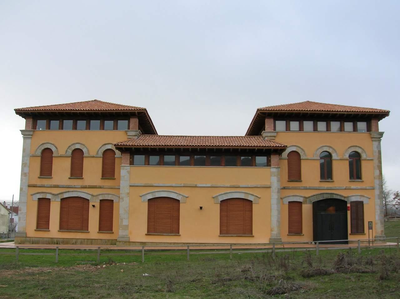 Casa del Parque 'Ojo Guareña'