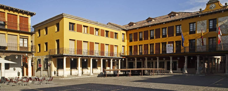 Plaza mayor de Tordesillas - Portal de Turismo de la Junta de ...